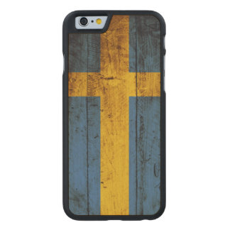 Sweden Flag on Old Wood Grain Carved Maple iPhone 6 Slim Case