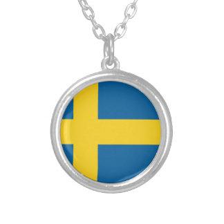 sweden round pendant necklace