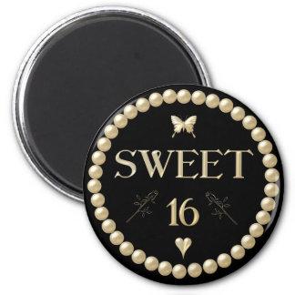"""Sweet 16 - Pearls on black """"velvet"""" Magnet"""
