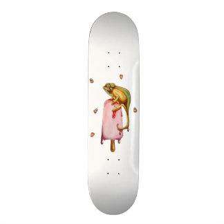 sweet chameleon skateboard