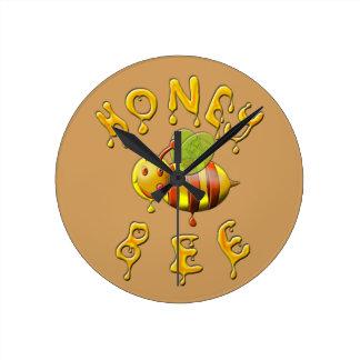 sweet honey bee round clock