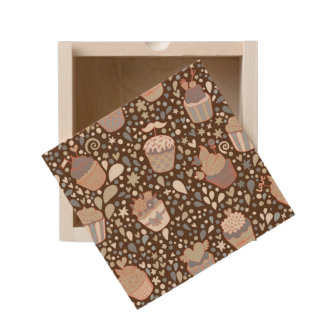 Sweet  pattern made of tasty cupcakes wooden keepsake box