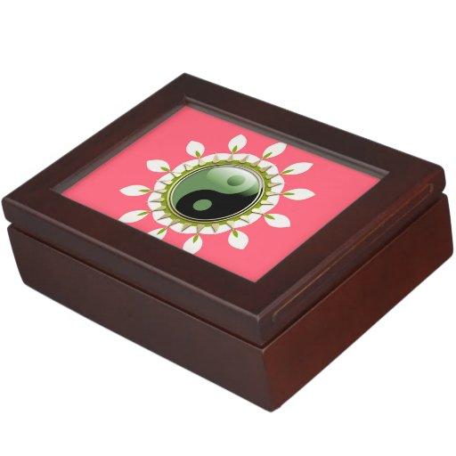 Sweet Pink Balance Green YinYang Keepsake Box