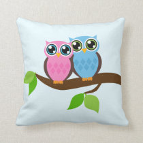 Sweet Romantic Owls Throw Pillow