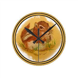Sweet Squirrel Round Clock
