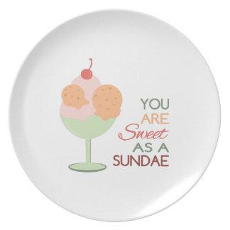 Sweet Sundae Party Plates