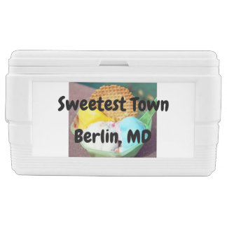 """Sweetest Town"" Design For Berlin, Maryland Chest Cooler"