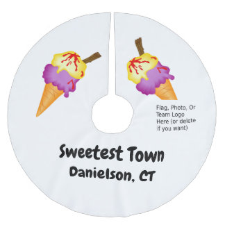"""Sweetest Town"" Design For Danielson, Connecticut Brushed Polyester Tree Skirt"