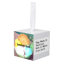 """Sweetest Town"" Design For Franklin, New Hampshire Cube Ornament"