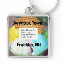 """Sweetest Town"" Design For Franklin, New Hampshire Keychain"