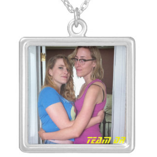 sweetheart chain square pendant necklace