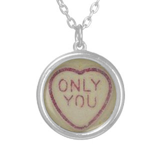 sweetheart round pendant necklace