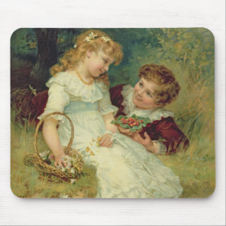 Sweethearts from the Pears Annual 1905 Mousepad