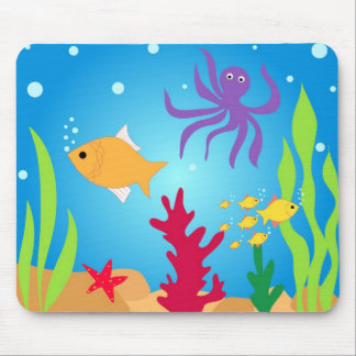 Swimming fishes mouse pad
