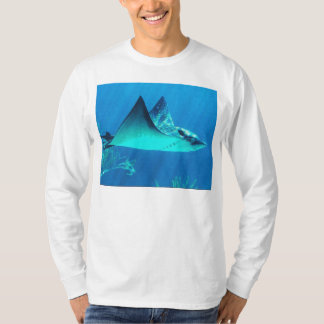 Swimming Stingray Blue Ocean   t-shirt