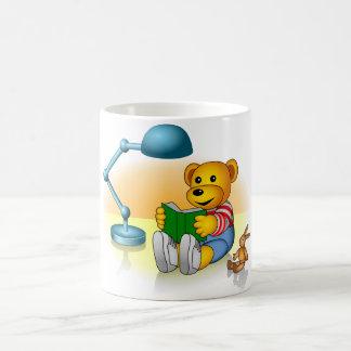 Swindler learns how to read coffee mug