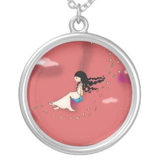 swinging round pendant necklace