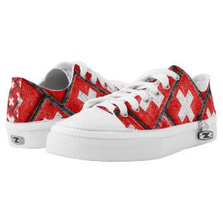 Switzerland Flag Urban Grunge Pattern Low-Top Sneakers