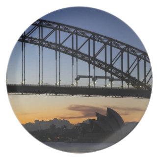 Sydney Harbor Bridge and Sydney Opera House at 2 Melamine Plate