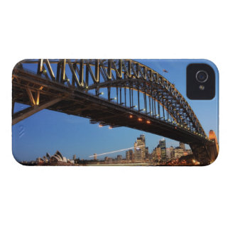Sydney Harbour Bridge, Sydney Opera House and 2 iPhone 4 Cover