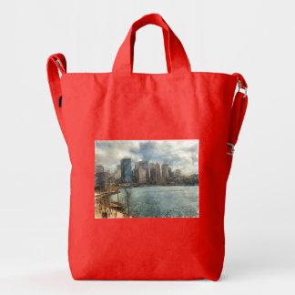 Sydney skyline duck bag