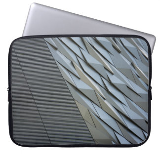 Symmetrical building laptop sleeve