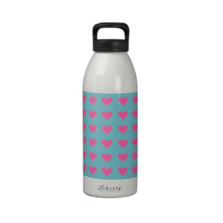 Symmetrical Pink Hearts On Blue Curacao Background Reusable Water Bottles