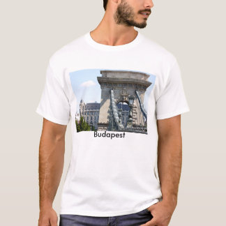 Szechenyi Chain Bridge, Budapest, Hungary, Buda... T-Shirt