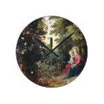 T32789 Madonna y el niño en un paisaje (el panel Reloj Redondo Mediano