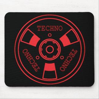 :: T E C H N O:: Mousepad - Red / Black
