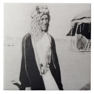 T.E. Lorenzo en el vestido árabe (foto de b/w) Tejas Cerámicas