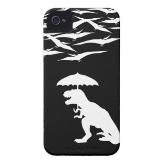 T-Rex contra los Pterodactyls Case-Mate iPhone 4 Protector