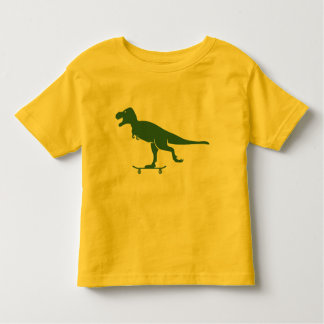 T Rex en una camisa del monopatín