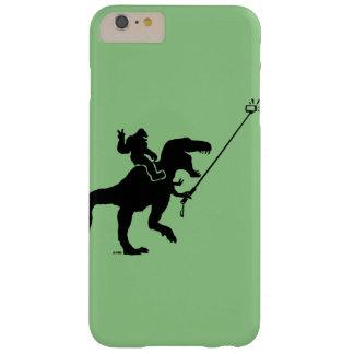 T-rex y selfie de Bigfoot Funda De iPhone 6 Plus Barely There