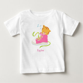 T-Shirt - Cute Cat Nappin in Pink Sneaker