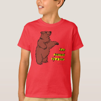 T-Shirt: Exit pursued by a bear T-Shirt