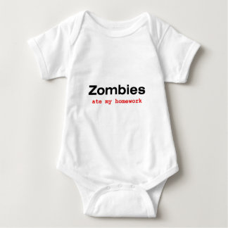 "T-Shirt : ""Zombies at my Homework"""