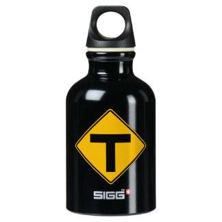 T-símbolo, señal de peligro del tráfico, los