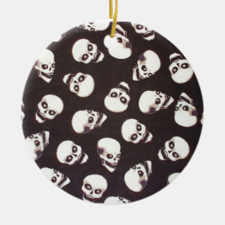 T�tes of in bulk dead (1) - Double-Sided ceramic round christmas ornament