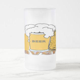 Taberna - taza del vidrio esmerilado de la cerveza