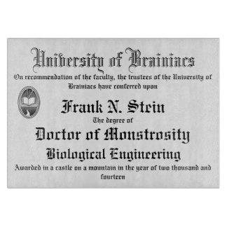 Tabla de cortar del diploma de Frankenstein