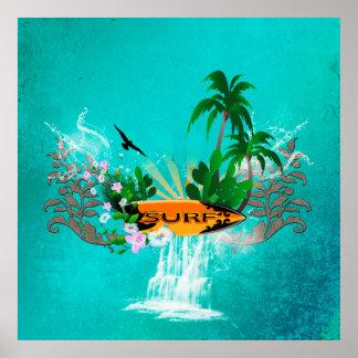 Tabla hawaiana con la palma y las flores póster