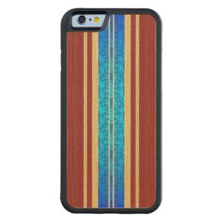 Tabla hawaiana de madera de Tiki Hawiian Funda De iPhone 6 Bumper Arce
