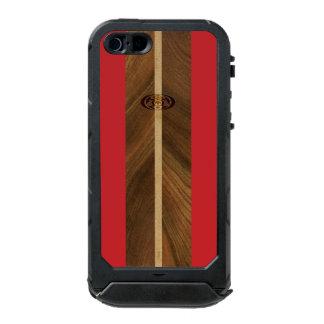 Tabla hawaiana de madera hawaiana del punto rocoso funda para iPhone 5 incipio ATLAS ID