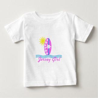Tabla hawaiana W/Sun del rosa del mono del bebé T Shirts