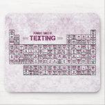 Tabla periódica de Texting (rosa) Alfombrillas De Raton