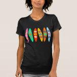 Tablas hawaianas florecidas camiseta