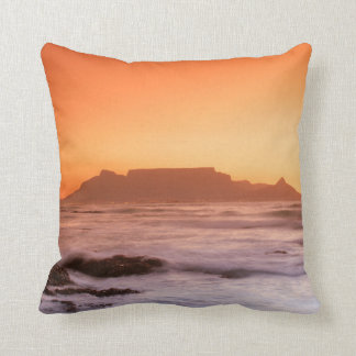 Table Mountain At Sunset, Bloubergstrand Throw Pillow