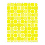 Tablero amarillo y blanco del control postal