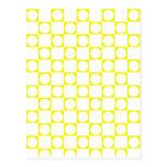 Tablero amarillo y blanco del control tarjetas postales